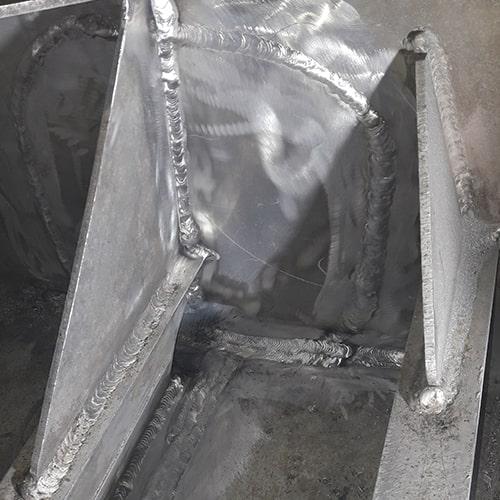 4 jinox kaupallisen katamariinin polttoainesailion vuoto korjaus alumiinihitsaus (4)-min